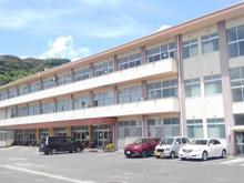 早岐中学校